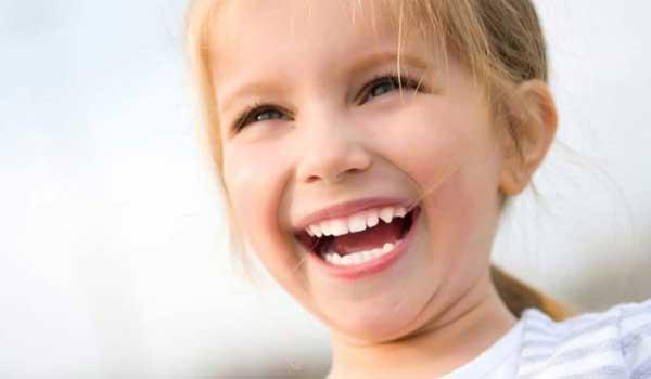 شربت برای عفونت دندان کودکان درمان عفونت لثه کودکان در خانه عفونت لثه کودکان آبسه دندان کودک درمان آبسه دندان شیری کودکان