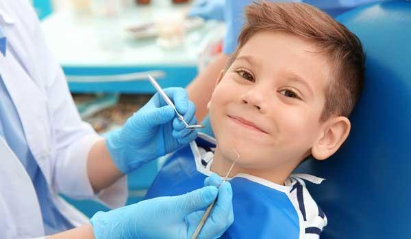 درمان عفونت دندان شیری کودکان برای آبسه دندان کودکان چه کنیم عفونت لثه در کودکان آبسه لثه کودکان باد كردن لثه دندان کودک درمان ابسه دندان کودکان در خانه عفونت دندان کودک عفونت دندان در کودکان درمان ابسه دندان کودک