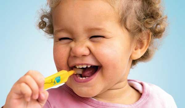 عفونت دندان کودکان دارو برای ابسه دندان کودکان چه باید کرد آبسه لثه درمان عفونت دندان کودک درد لثه در کودکان آبسه دندان در کودکان علائم عفونت لثه در کودکان