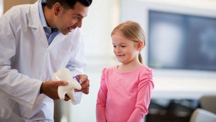 دندانپزشک اطفال (دندانپزشکی اطفال)