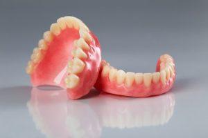 ایمپلنت: دندان مصنوعی درون کاشت