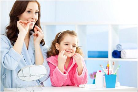 aبهداشت دهان و دندان کودکان و دانش آموزان - شیوه دندان نخ زدن