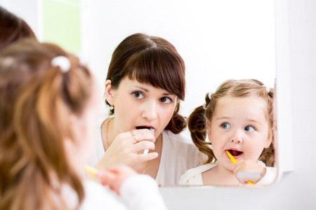 بهداشت دهان و دندان کودکان